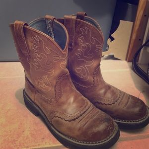 Ariat fat baby sz 9